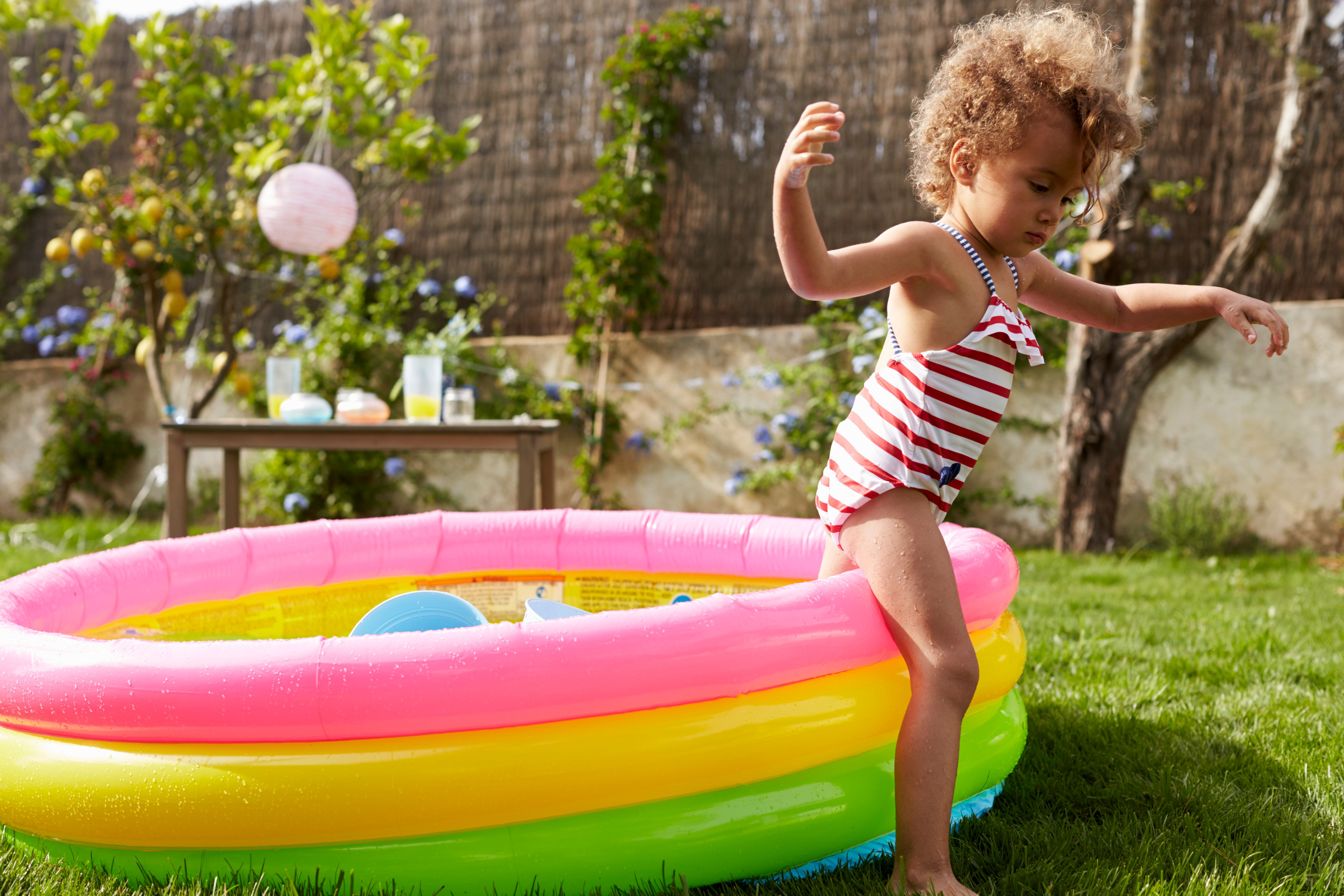 How To Avoid Refilling Your Paddling Pool Every Day