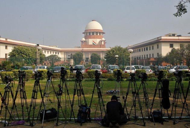 Ινδία: Επικυρώθηκε η θανατική ποινή για τους βιαστές φοιτήτριας στο Δελχί το