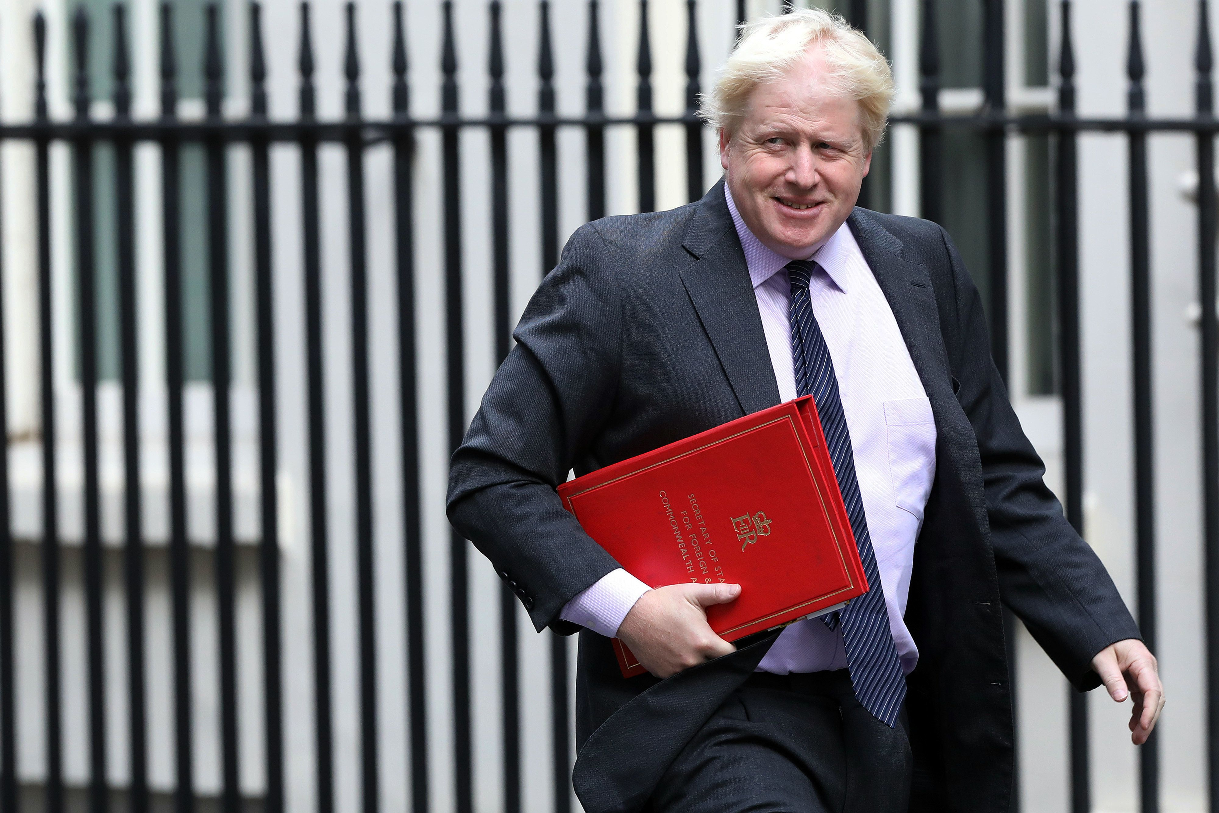 Russland spottet über den Rücktritt von Großbritanniens Außenminister Johnson