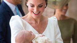 케이트 미들턴과 윌리엄 왕자가 셋째 아이 세례식에 7년 된 케이크를 내놓은