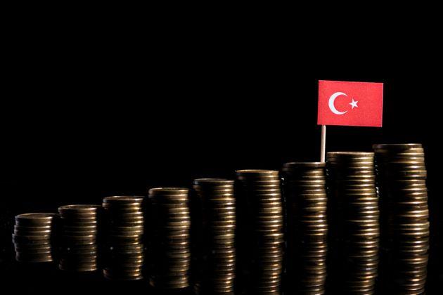 NY Times: Γιατί η Τουρκία κινδυνεύει περισσότερο εν μέσω της αβεβαιότητας για τη διεθνή