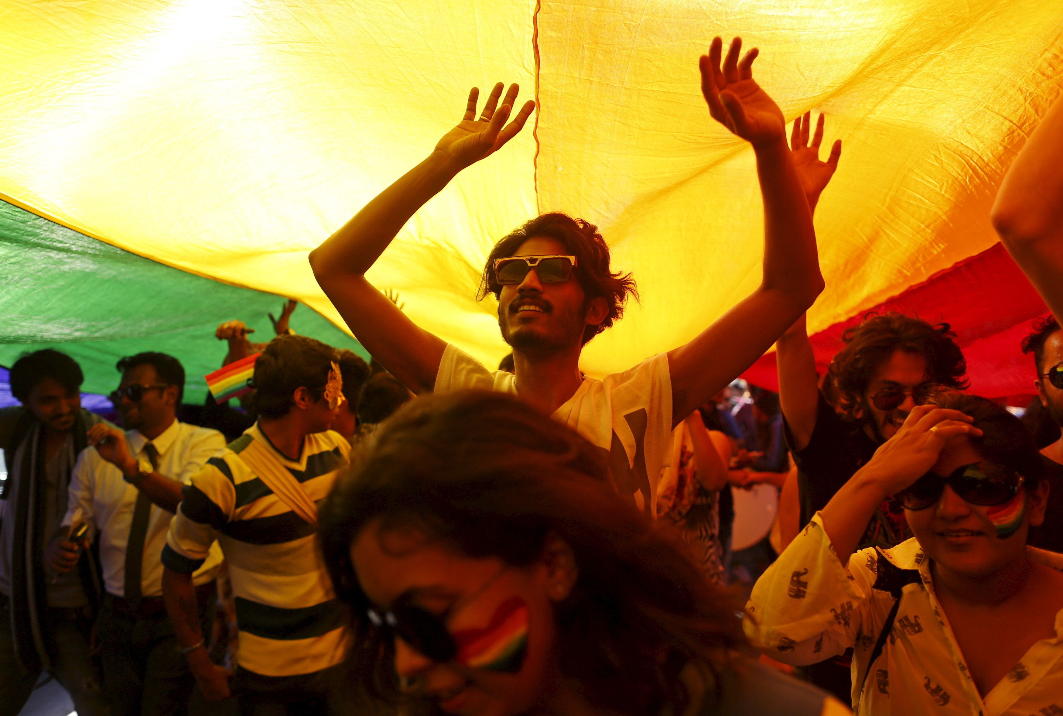 India signals support for legalizing gay sex