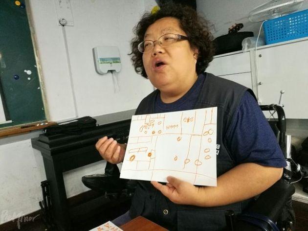 """6.8 강도의 지진이 발생하면 어떻게 할 것이냐는 질문에 휠체어를 이용하는 이형숙 노들자립생활센터 소장은 """"아무리 생각해도 각자 알아서 해야 한다는 결론 뿐이다"""