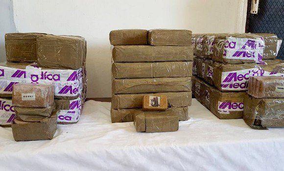 Plus de 100 kilogrammes de kif interceptés au large
