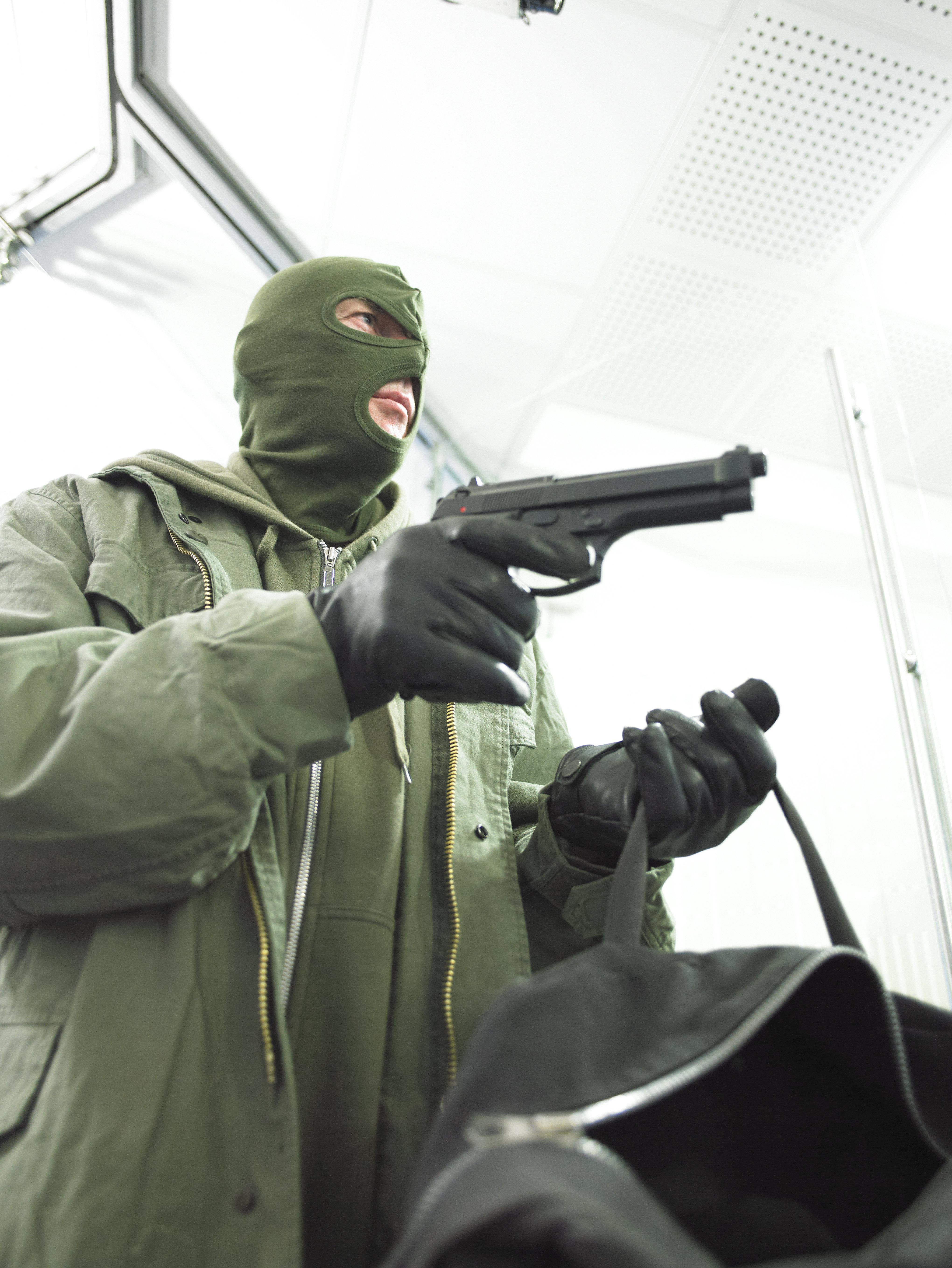 Coups de feu, Hold-up à main armée, caisses vidées d'une banque...: Que s'est-il passé à Cité Al
