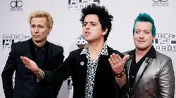 To «American Idiot» των Green Day φτάνει στην κορυφή των βρετανικών charts λόγω...της επίσκεψης