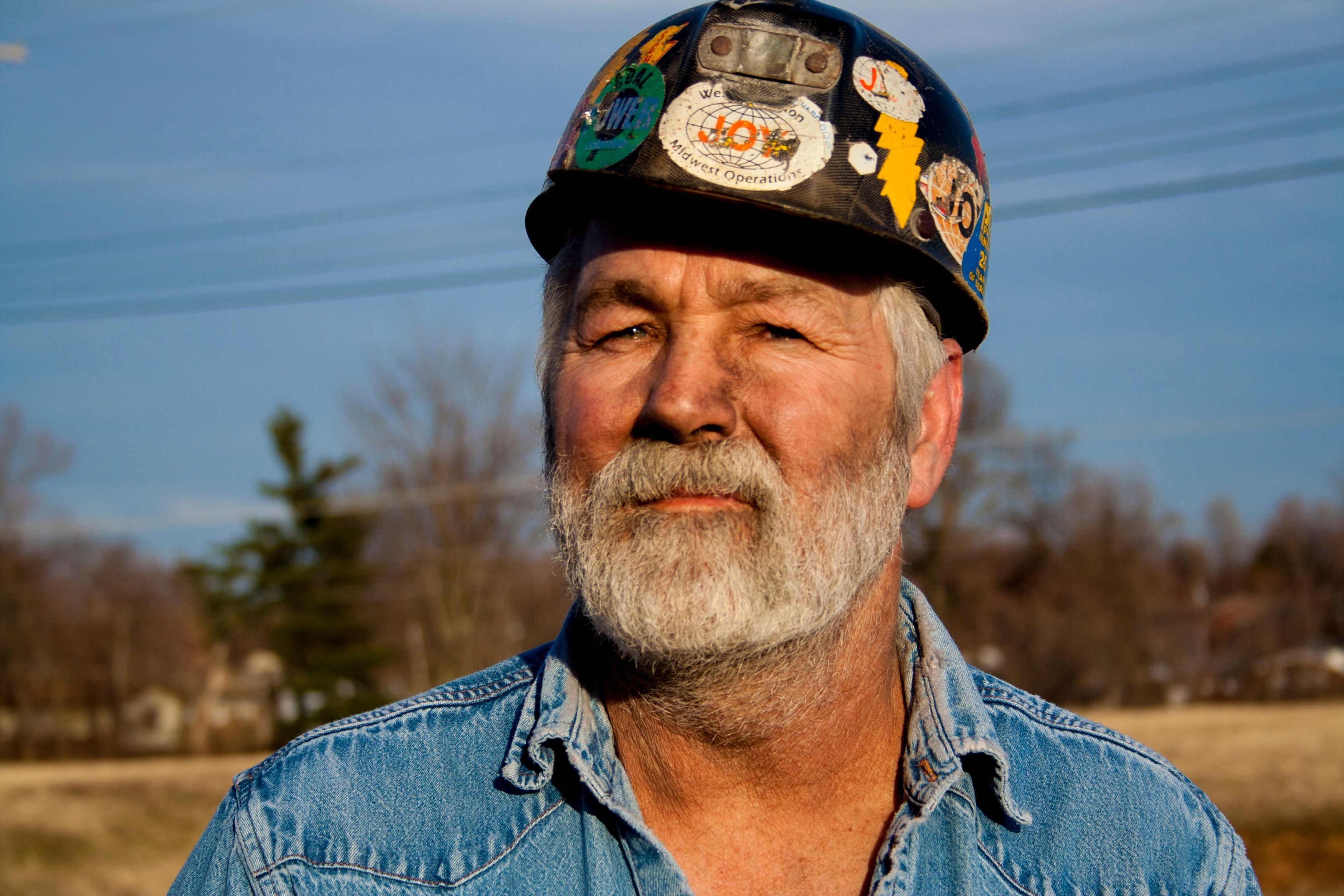 huffingtonpost.com - Dave Jamieson - Coal Company Officials Indicted For Allegedly Hiding Risk Of Black Lung Disease