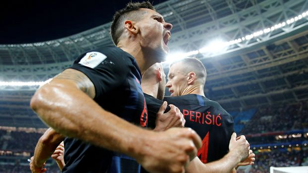Soccer Football - World Cup - Semi Final - Croatia v England - Luzhniki Stadium, Moscow, Russia - July 11, 2018  Croatia's Ivan Perisic celebrates scoring their first goal with Dejan Lovren                    REUTERS/Darren Staples     TPX IMAGES OF THE DAY