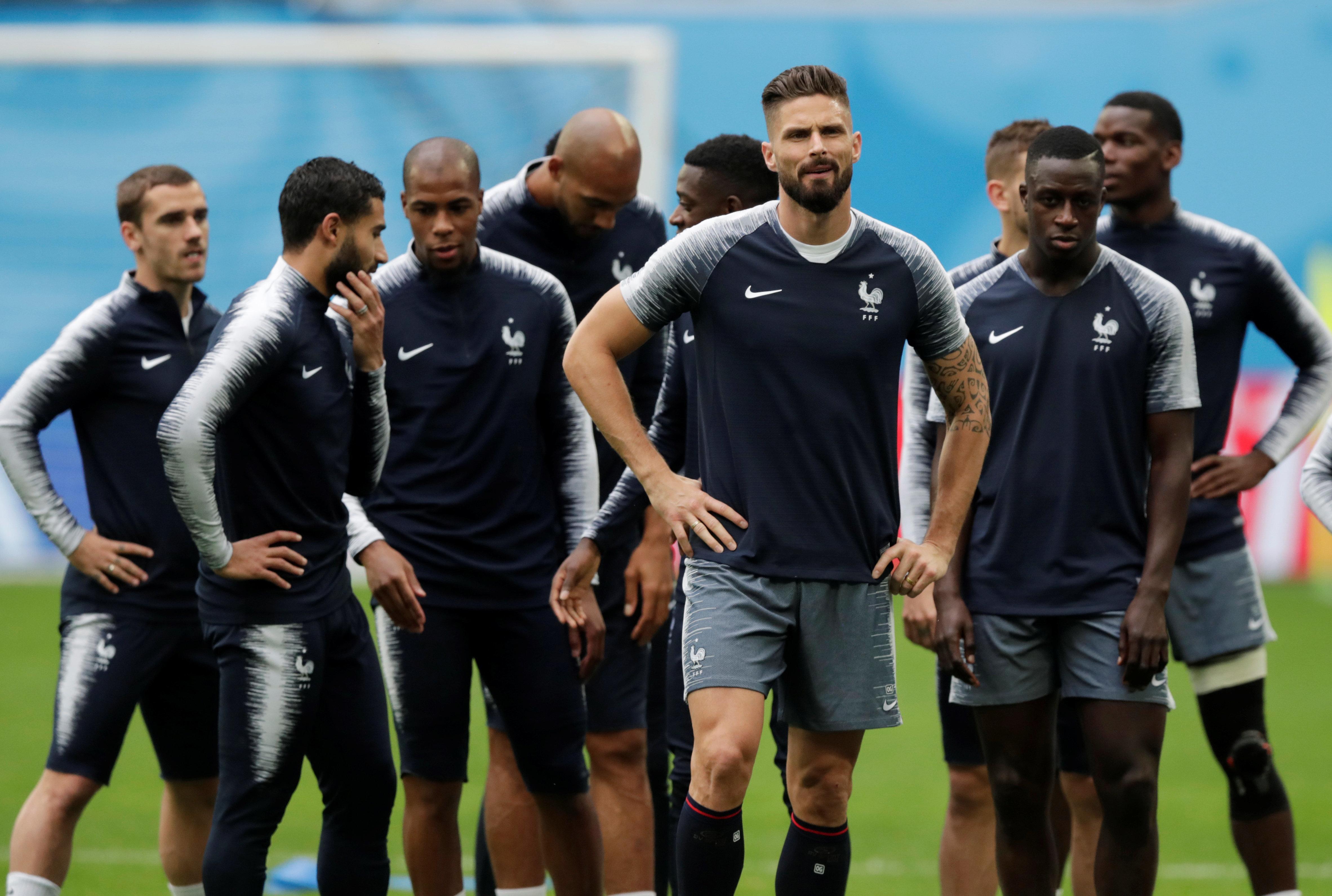 프랑스 사회에서는 축구대표팀에게 묻지 않는 질문이