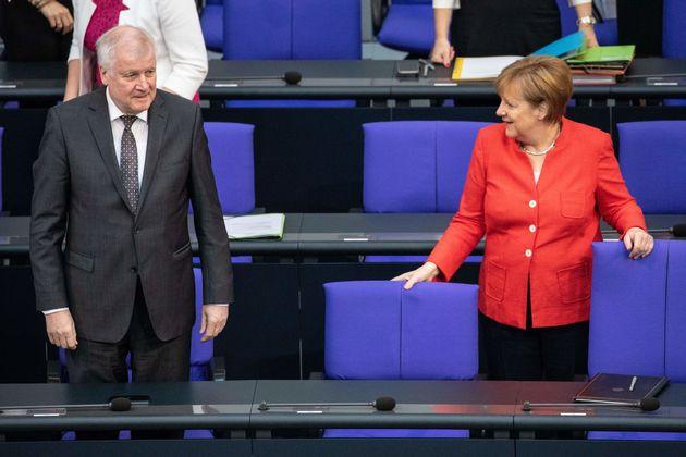 Παραίτηση του Ζεεχόφερ ζητά η αντιπολίτευση στη Γερμανία μετά την αυτοκτονία 23χρονου