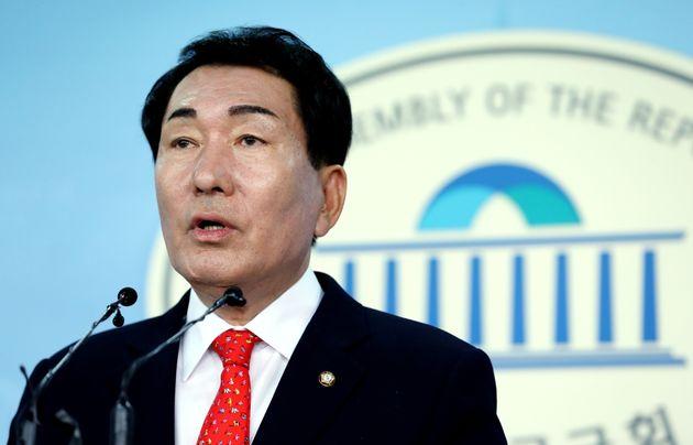 자유한국당이 비대위원장 후보 5명을