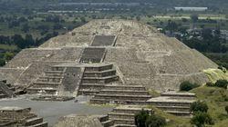 강진으로 파괴된 아즈텍 피라미드 안에서 뜻밖의 선물이