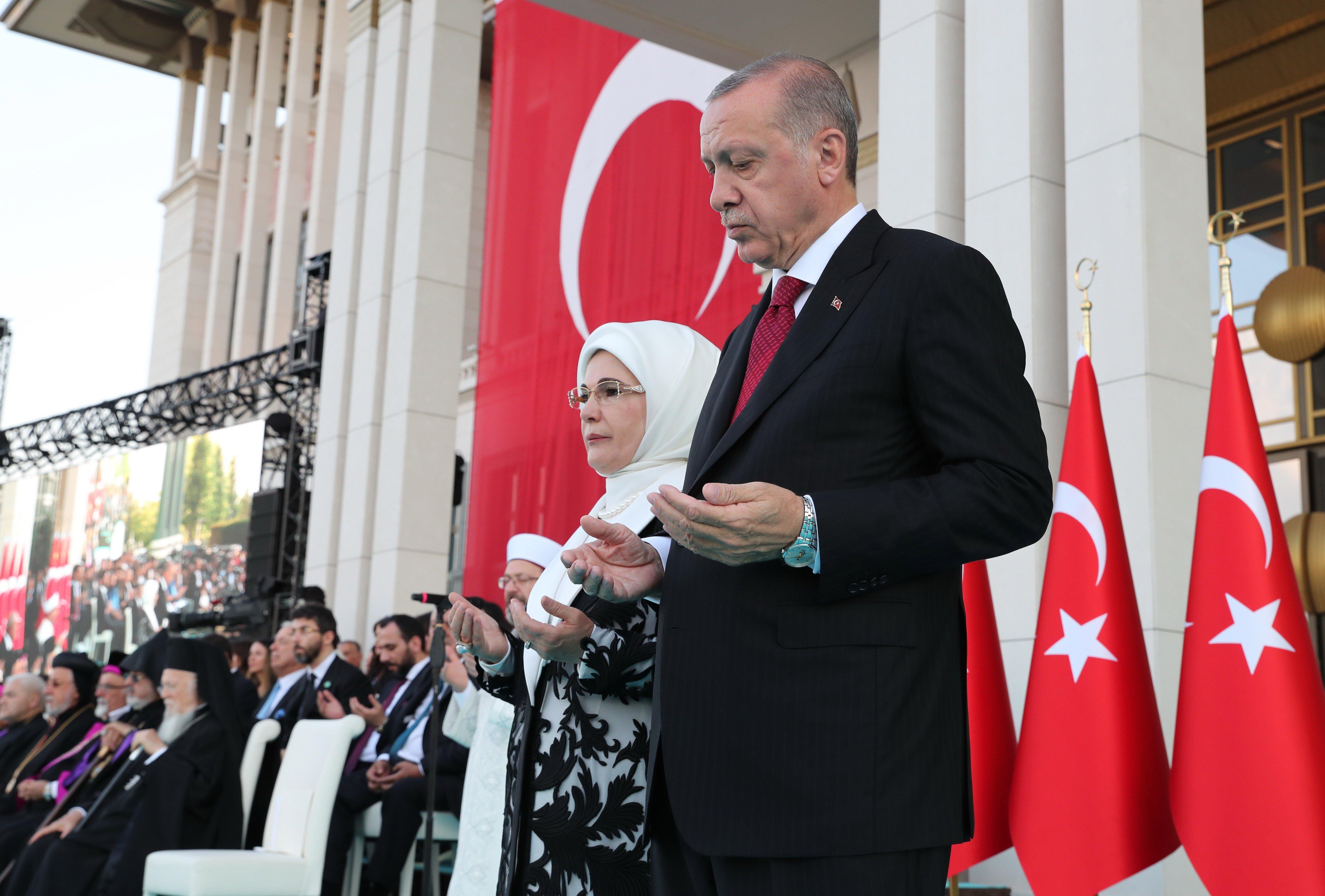 Δυο χρόνια μετά το πραξικόπημα η Τουρκία παραμένει σε κατάσταση έκτακτης ανάγκης