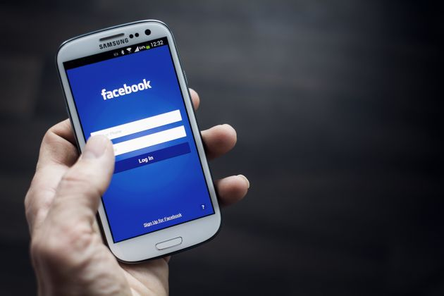 Facebook Goes Down For Android App