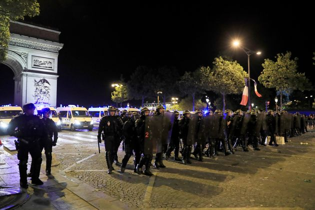 Γαλλία: 12.000 αστυνομικοί επί ποδός για την επέτειο της 14ης Ιουλίου και τον τελικό του