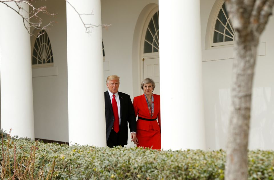 Trump escorts May to lunch in the White House, just after holding her hand