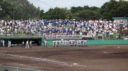 일본 고교야구 도중 여성 기록원이 마운드에 오르자 벌어진