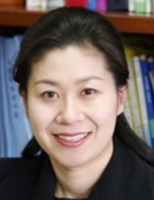 서울지검 역사상 첫 여성 차장이 된 이노공