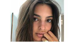 모델 에밀리 라타이코프스키가 어마어마한 약혼반지 사진을