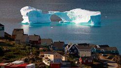 Γροιλανδία: Παγόβουνο στο μέγεθος λόφου απειλεί μικρό χωριό, προκαλώντας ανησυχίες για