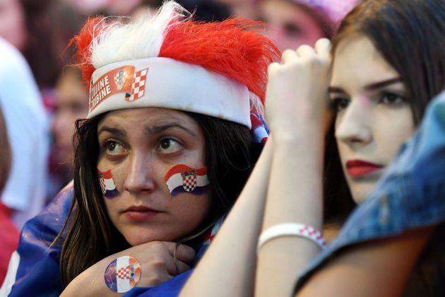 Des supportrices à Zagreb lors de la demie finale de la coupe du monde 2018 entre la Croatie et...