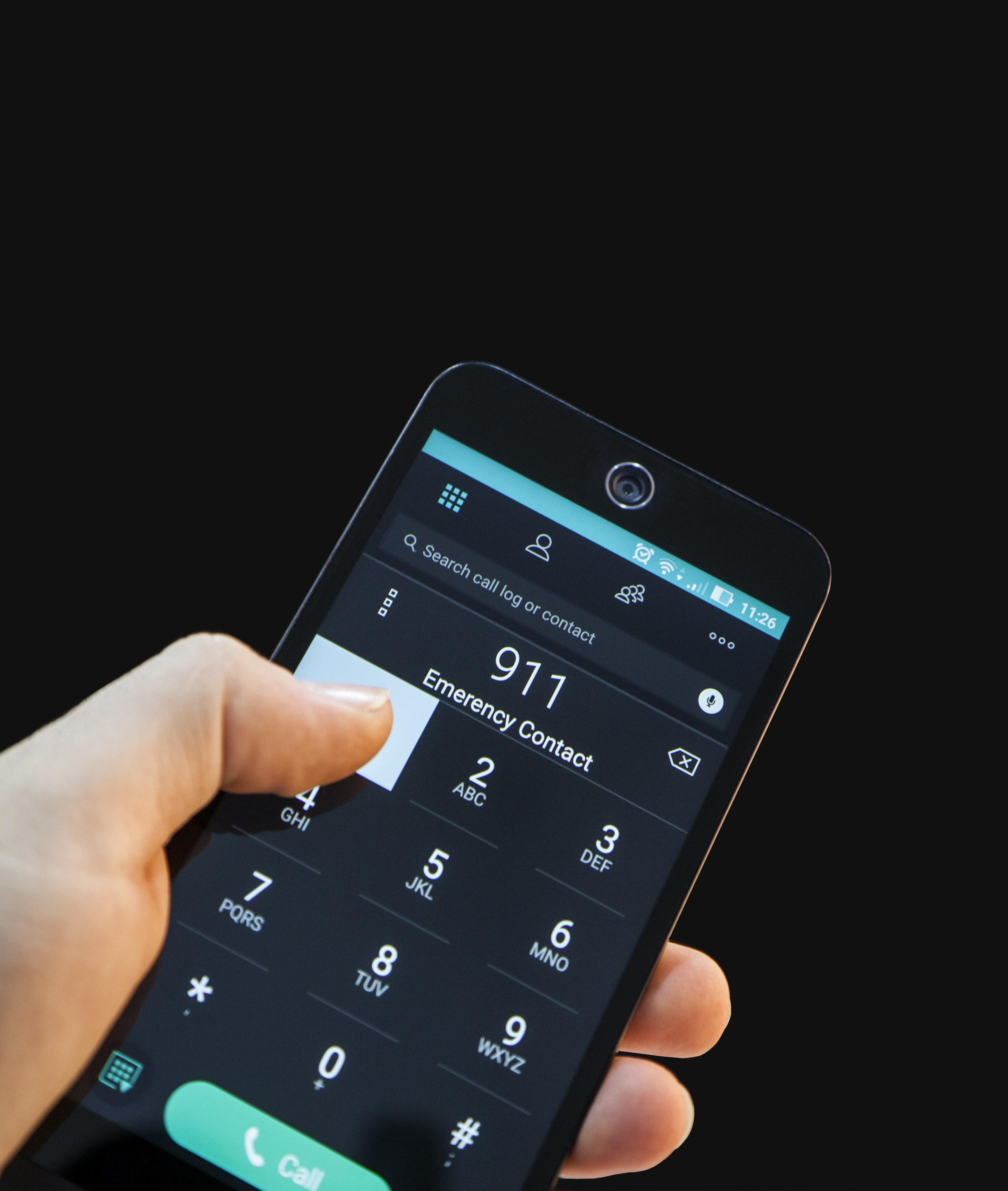 phone to call health service