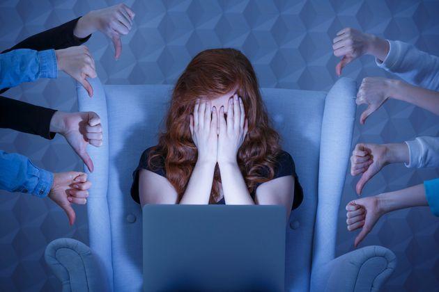 Χαμηλή αυτοεκτίμηση κρύβει ο εθισμός στο