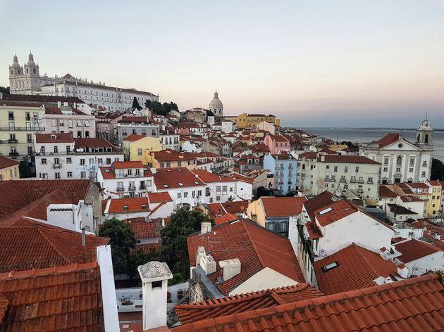 Η θέα από το Miradouro de Santa