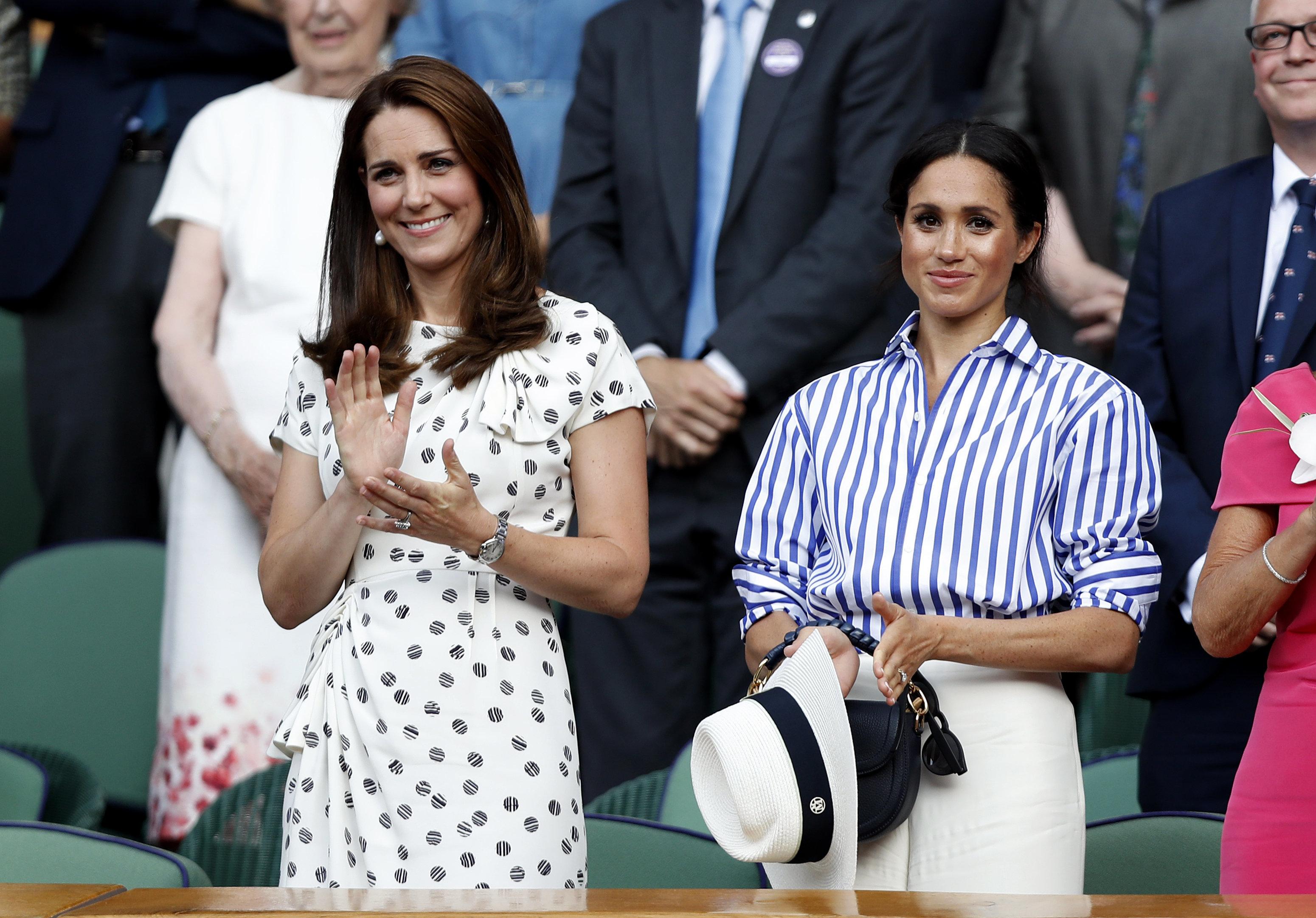 Herzogin Meghan besucht Wimbledon: Kritiker machen sich über ihr Outfit