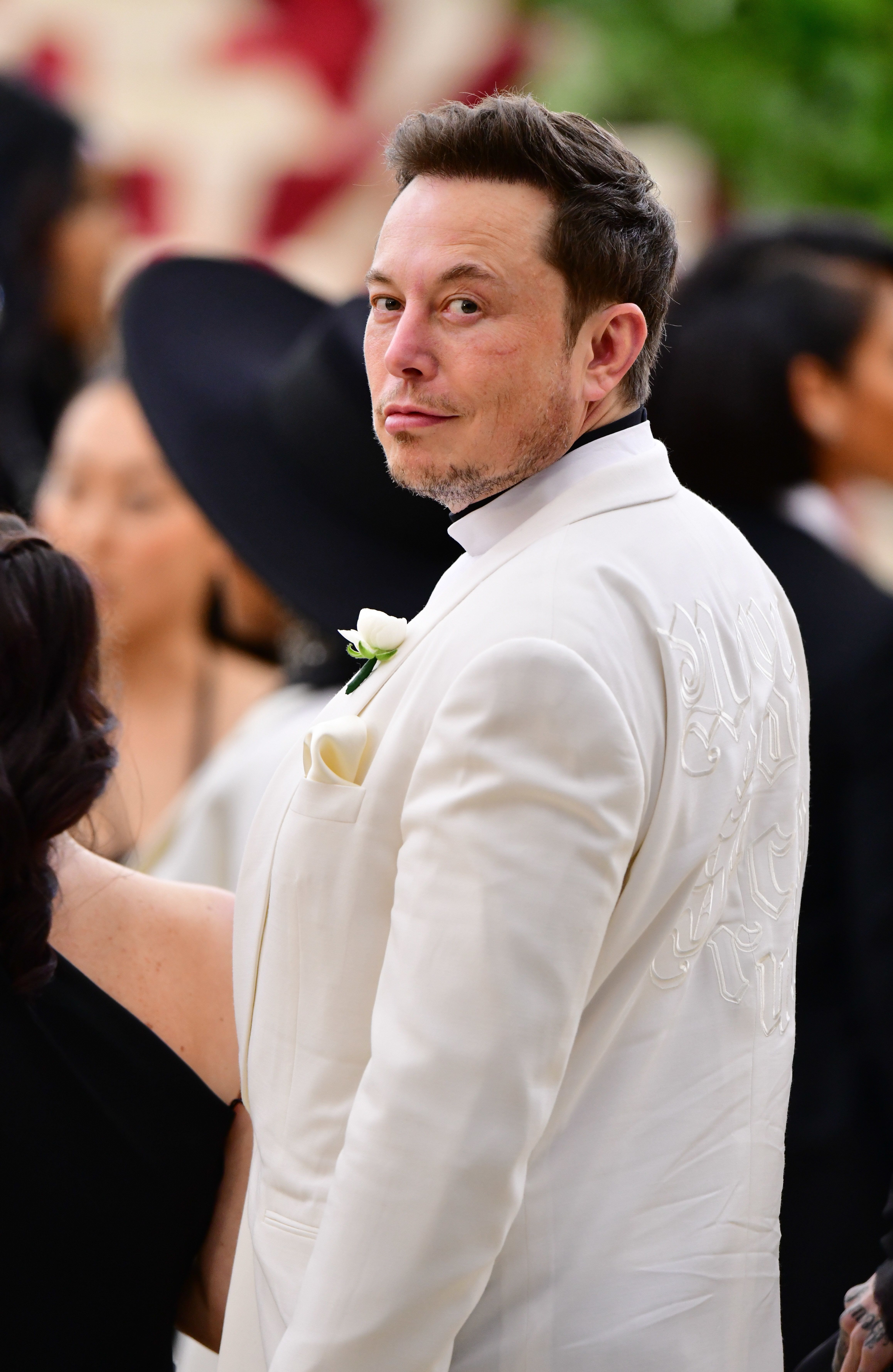 Elon Musk Lashes Out At Thai Cave Rescuer, Baselessly Calls Him A 'Pedo
