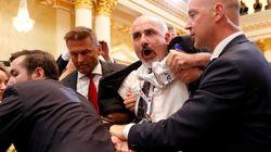 Εισβολή άνδρα λίγο πριν τη συνέντευξη Τύπου Τραμπ –