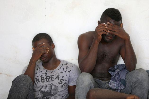 Λιβύη: Τουλάχιστον οκτώ μετανάστες νεκροί από ασφυξία σε