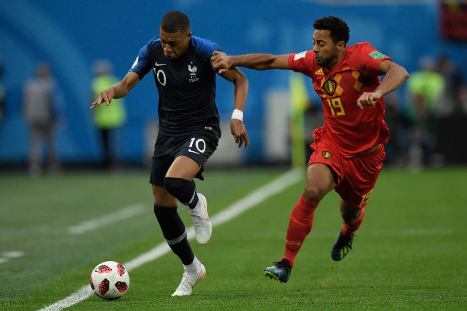 킬리안 음바페와 프랑스 축구대표팀 : '사회 통합'의 새로운