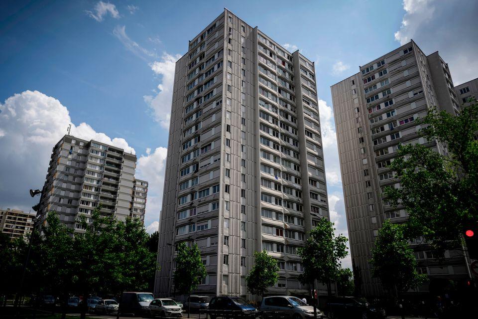 프랑스 파리 북동부 센생드니 주의 또다른 방리유인 보비니(Bobigny)의 아파트