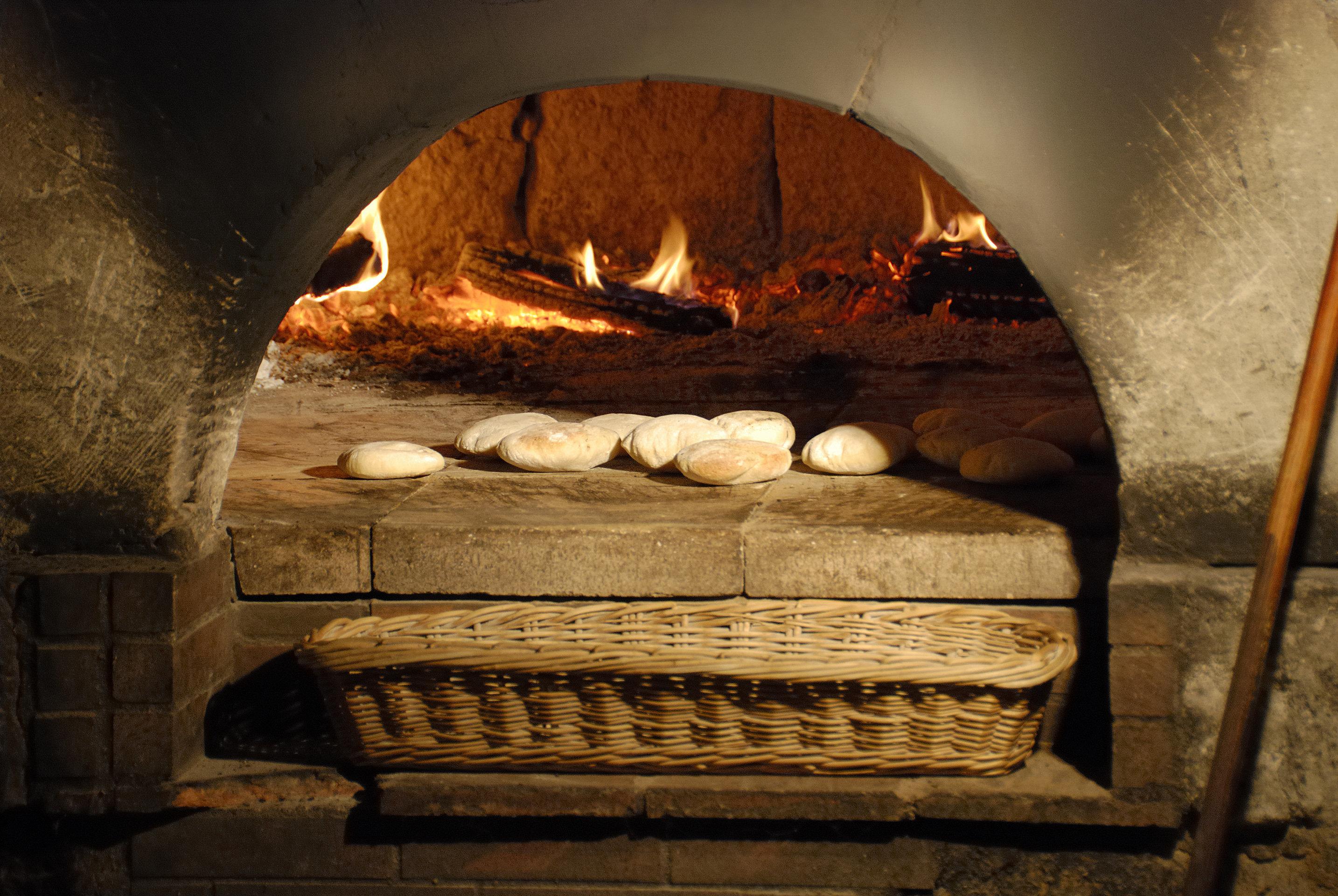 Βρέθηκε η παλαιότερη συνταγή ψωμιού. Πώς το έφτιαχναν πριν από 14.000 χρόνια και τι γεύση