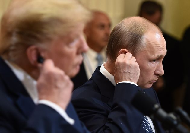 Politico: Η συνάντηση Τραμπ-Πούτιν σηματοδοτεί μια νέα παγκόσμια