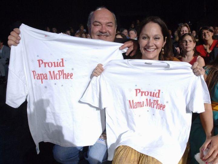 Daniel and Peisha McPhee cheer on their daughter, Katharine McPhee, during her time on American Idol in 2006.