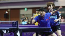 여자 복식 남북 단일팀이 20분 만에 승리를