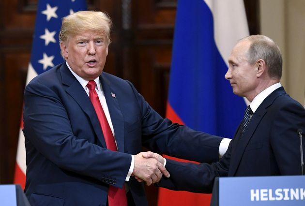 '트럼프가 푸틴에게 맞서지 않은 이유'에 대한 놀라운 이론이