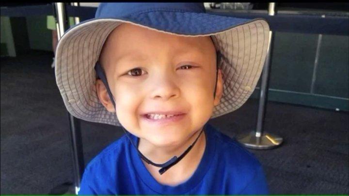 """""""Bis dann, ihr Trottel"""": Krebskrankes Kind schreibt eigenen Nachruf"""