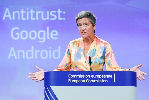 Πρόστιμο ρεκόρ στη Google από την Κομισιόν, ύψους 4,34 δισ.