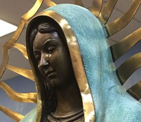 A photo from the Hobbs News-Sun purports to show a weeping Virgin Mary statue at Our Lady of Guadalupe Catholic Church in Hobbs, New Mexico.