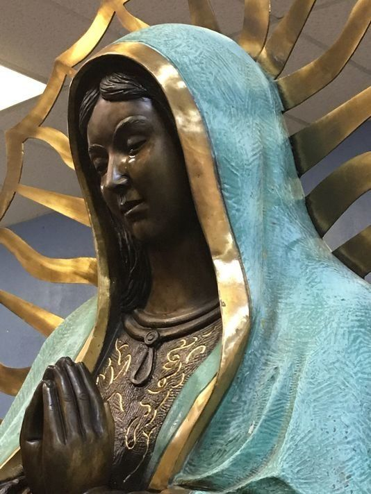 A photo from the Hobbs News-Sun purports to show a weeping Virgin Mary statue at Our Lady of Guadalupe Catholic Church i
