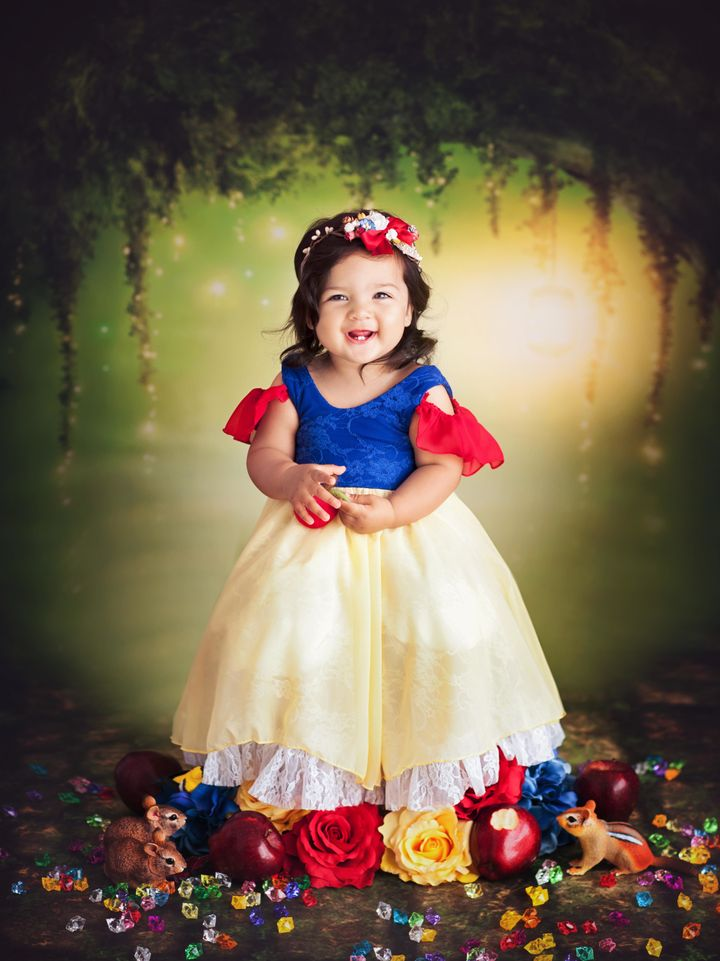 Tiny Disney Princesses Who Went Viral Are Back With More Cuteness