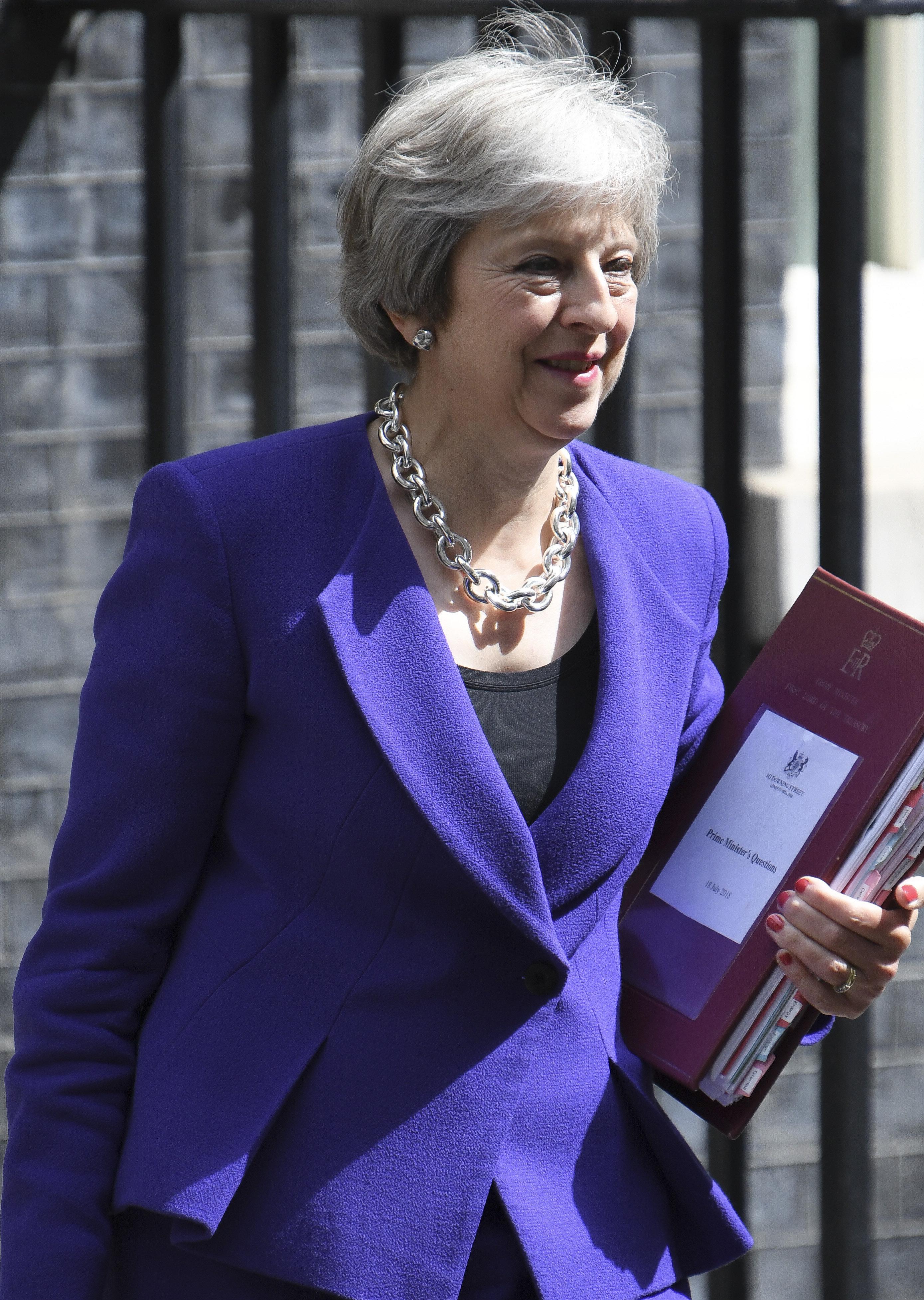 Μέι: Το Brexit εξακολουθεί να σημαίνει