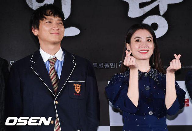 [종합] '인랑' 강동원·한효주, 역시 프로..열애설 흔들림