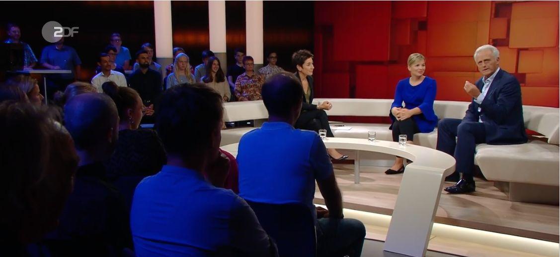 """""""Dunja Hayali"""": Zuschauer lacht über CSU-Mann Ramsauer – der wird"""