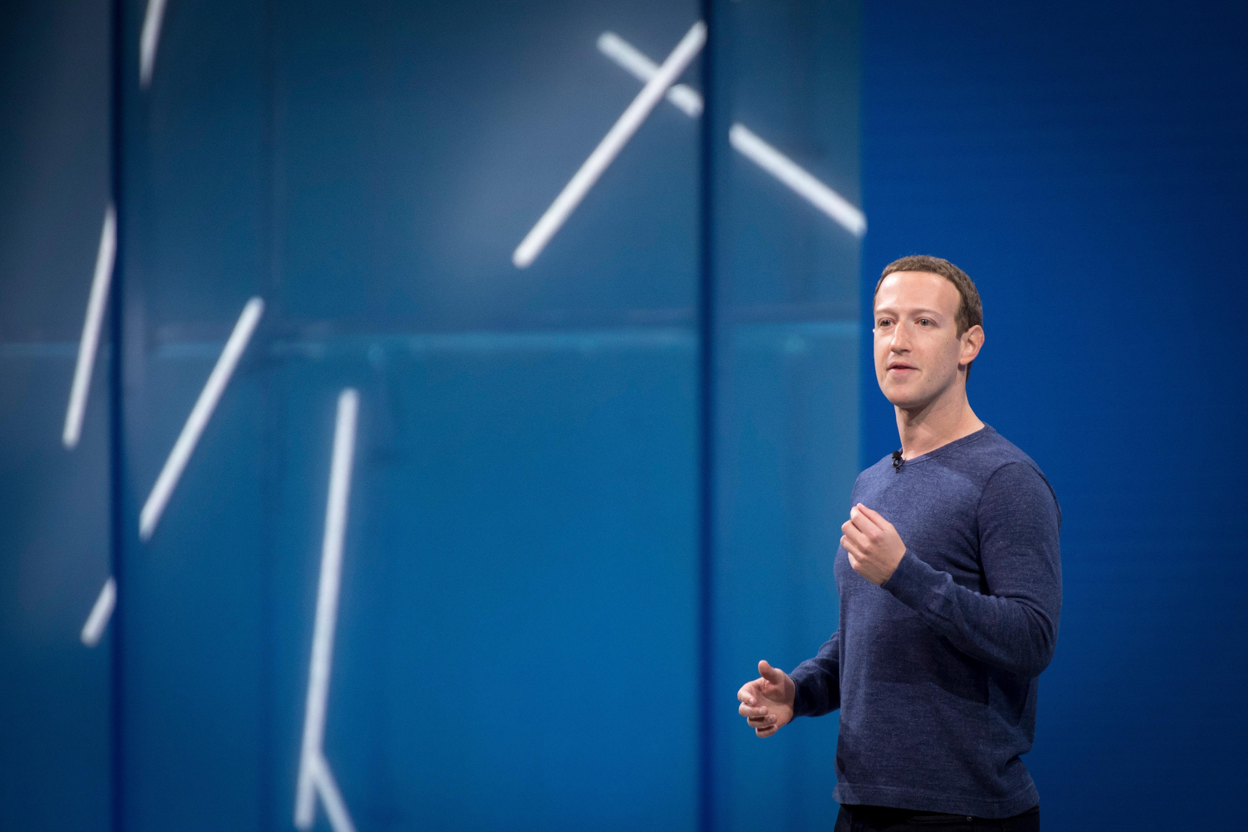 Facebook weigert sich, Beiträge von Holocaust-Leugnern zu löschen – mit einer absurden