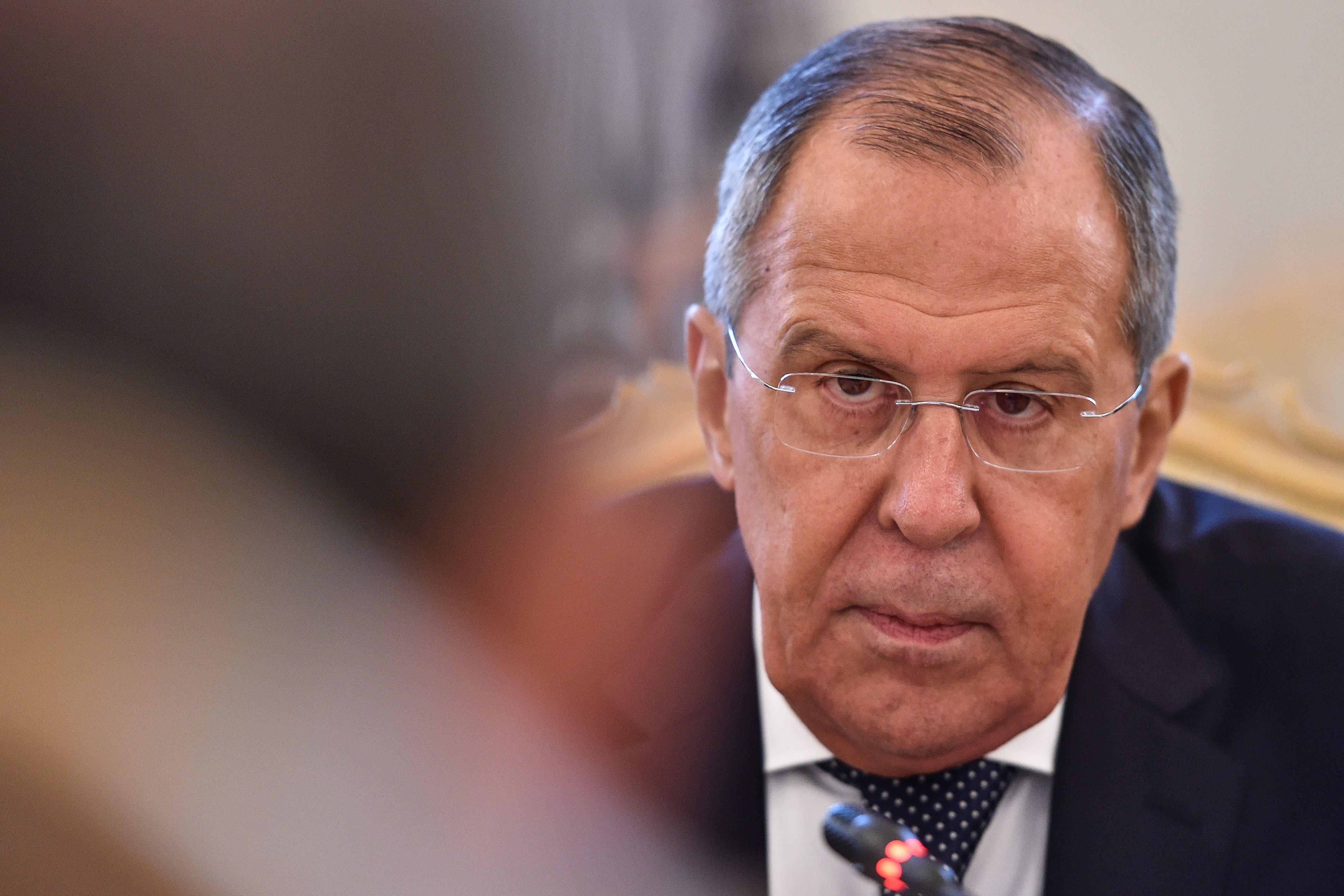 Διπλωματικές πηγές: Καλοδεχούμενος ο Λαβρόφ στην