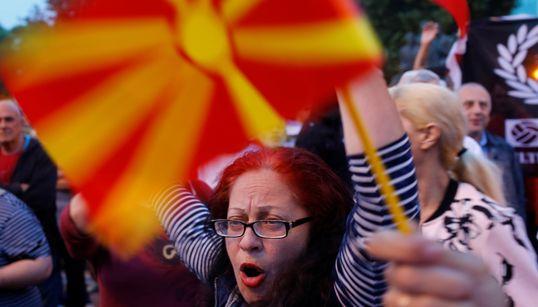 «Όχι» στη συμφωνία των Πρεσπών λέει το 54,1% των πολιτών της